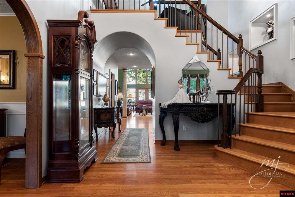 Barren Fork Ranch Foyer